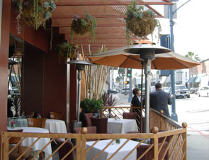 los angeles fine dining beverly hills outdoor dining crustacean