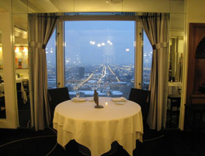 diningroom_lowerdining_view